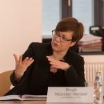 MVB-Geschäftsführerin Frau Münster-Rendel stellt das neue Liniennetz und den Stand der Bauarbeiten vor©Fo-To-Design Stephan Tolle